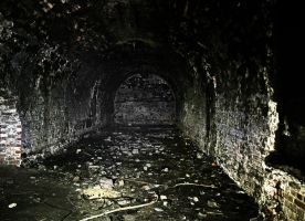 empty, forgotten places by drangnel