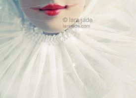 Pierrot Lips II by larafairie
