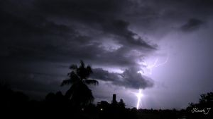 Lightning Wall paper by kaush