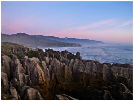 Pancake Rocks by Gueran