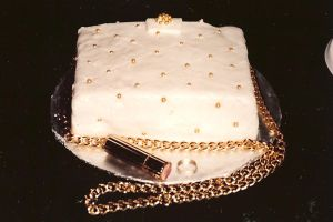 channel purse cake by peaceocake