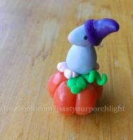Sweet clay mouse by PastYourPorchlight
