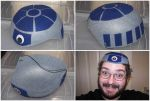 Artoo-Deetoo hat by EmeraldBeacon