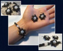 'Black Snowflake' chainmail set by PoppyLady