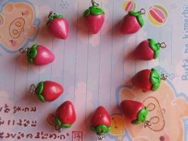 Fimo strawberries by Libellulina