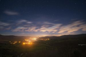 The valley in the night by MarioGuti