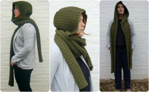 Arm Green hooded scarf by PolClary