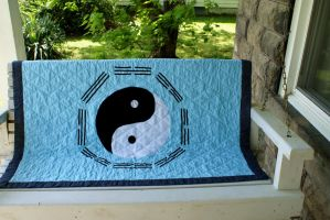 Blue Yin Yang Quilt by alrach