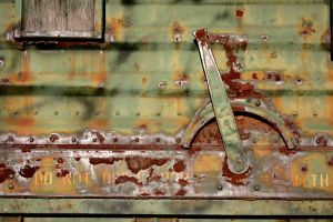 Rusted Train by bkueppers