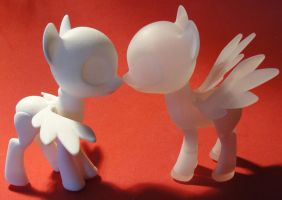 Crystal Little Ponies and Valentine Sale by silverbeam