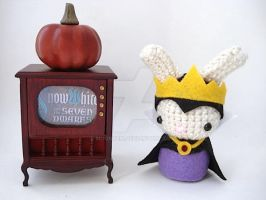 Queen Grimhilde Moon Bun by MoonYen