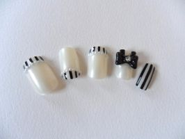 simple hime style 3d nails by Stefimoose