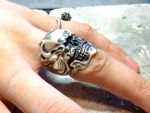 Hand made skull silver ring by Germy by germy87