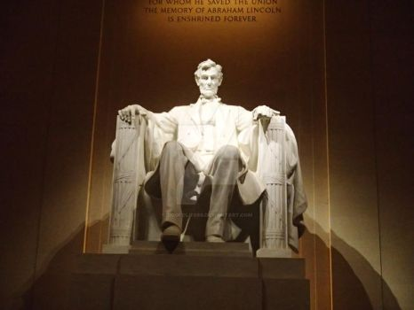 Lincoln Memorial at Night by dogfolife69