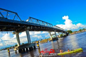 spanning kapuas bridge by dejivrur