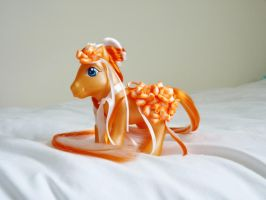 custom my little pony bright flower by thebluemaiden