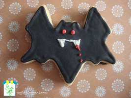 Vampire Bat Cookie by SugiAi