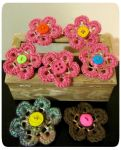 Crochet can tab clip flower brooches by Coccis