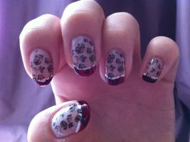 French red manicure with flowers by Justme16215