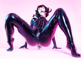 ONI-GIRL / Rubber Bug by AKIOMI
