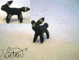 197 Umbreon by VictorCustomizer