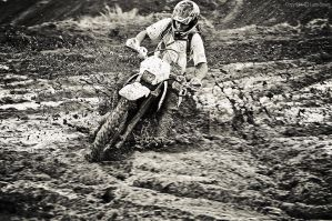 Mud, mud and a little bit more mud by luca1984