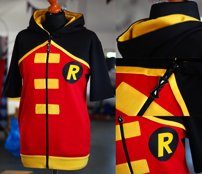 YOUNG JUSTICE: robin hoodie (short sleeve) by envylicious