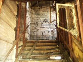 Broken Window by Orihara-San