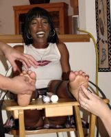 Kelly Rowland Tickle Fake by MikeTickler