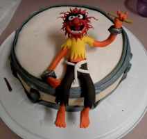 Animal drum cake by kreativekortney