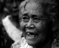 Elderly Woman by wilmil