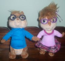 Simon and Jeanette plush by ChipmunkRaccoon2
