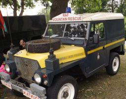 Land Rover RAF Mountain Rescue 2 by Dan-S-T