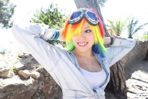 Cosplay Rainbow Dash 2 - My Little Pony by NyuSho