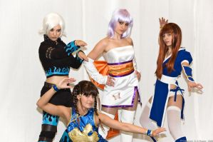 DOA girls animecon 09 by Aotenshi