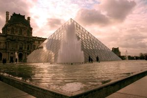 Pyramide by OlivierLD