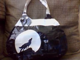 wolf purse by imma-flower-child
