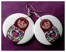 Matryoshka earrings by dintoira