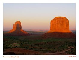 Monument Valley Sunset by AmberSunset