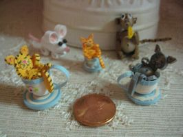 Quilled teacup kittens by nightingales-rose