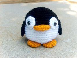 Penguin Plushie by W0IfDreamer