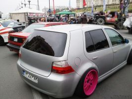 Pink Contrast Golf 4 by Sk1zzo