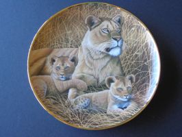 African Lioness and cubs plate by DejavuEstudios09