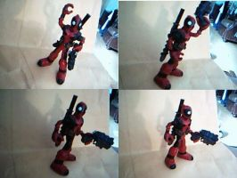 Mini Deadpool figure by JohnsDead