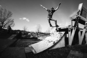 Ollie Down by IraMustyPhotography