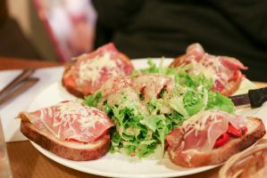 Parma ham toast by patchow
