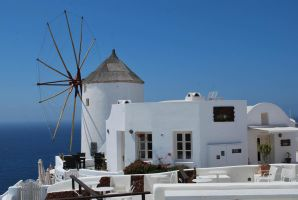 Oia - mill by ReneHaan