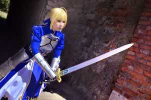 Fate Zero - Saber Cosplay by K-I-M-I