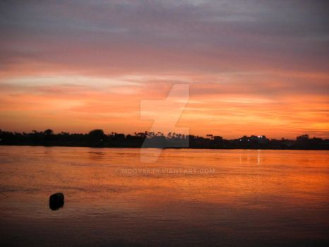 Sunset on the Nile 4 by MoGy86