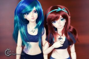 Elven Girls by tinaheart